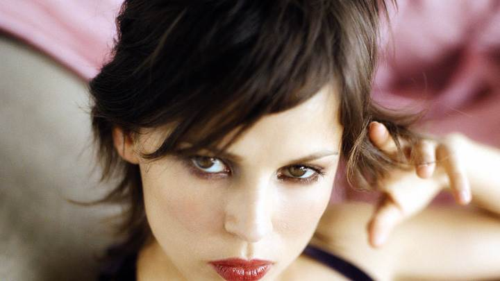 Awesome Face Closeup Picture Of Elena Anaya